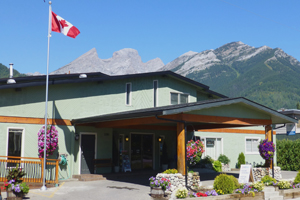 Fernie Hotel Discount at the Red Tree Lodge