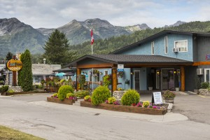 Hotel in Fernie near Crowsnest Highway