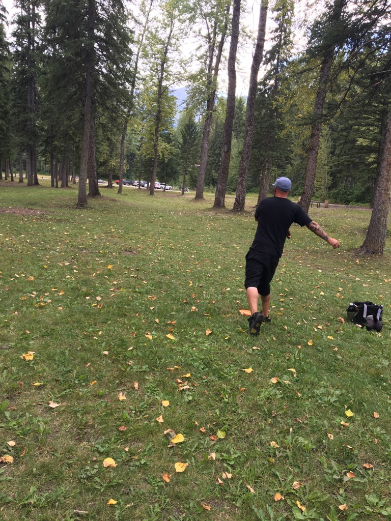 DISC GOLFING in Fernie