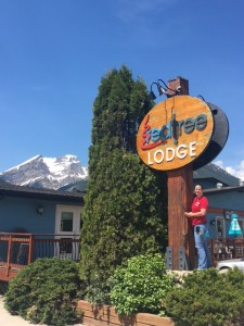 Red Tree Lodge