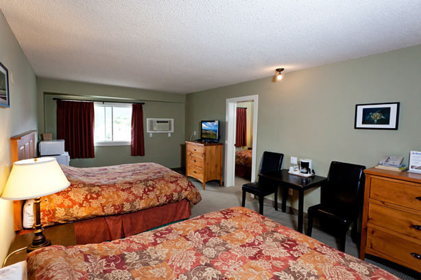 Fernie Deluxe Family Hotel Rooms
