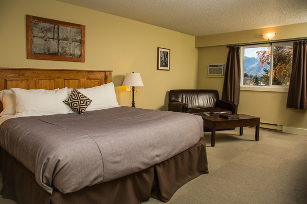 King Bed Fernie Hotel Rooms